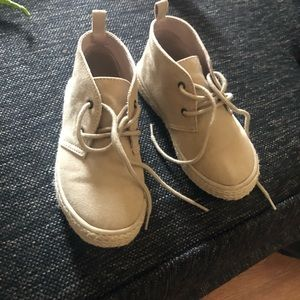 Old navy boys shoes